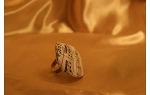 anello con base argento e decoupage